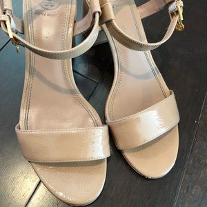 Nude Tory Burch Patent Sandal